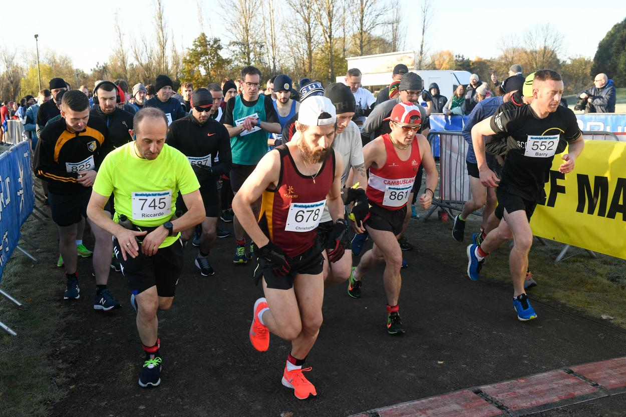 strathclyde marathon and half marathon november